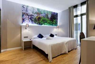 Reconstructed hostel in a touristic center of Barcelona with views over famous sights